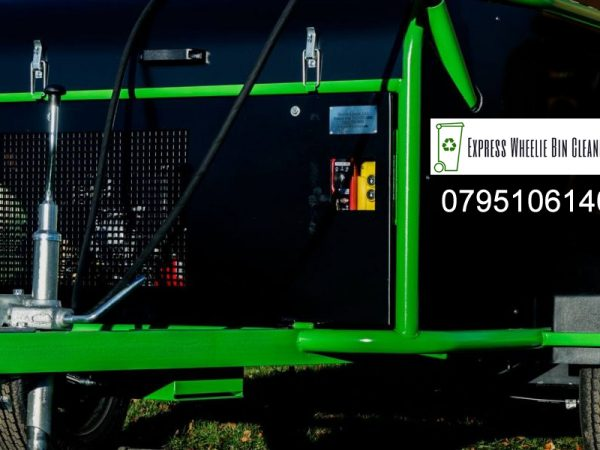 Commercial Wheelie Bin Cleaning